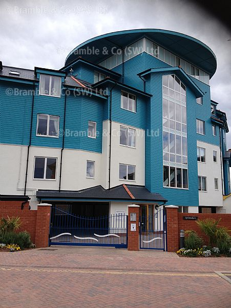 Electric sliding gate for apartments in exmouth devon