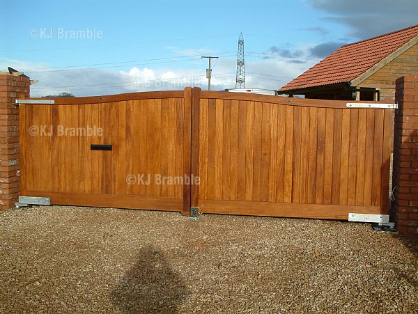 Wooden Gates,Electric,Taunton,Somerset